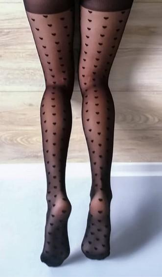 Comment porter des collants fantaisies ou à motifs ?